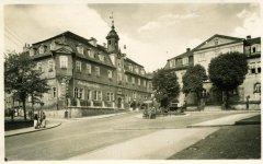 00802_Ilmenau-Markt_mit_Goetheschloesschen_1952.jpg