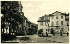 00857_Ilmenau_Marktplatz_Rathaus_und_altes_Schloss_1954.jpg