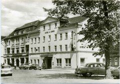 04040_Ilmenau_HO-Hotel_Zum_Loewen_1973.jpg