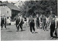 04665_Turn-u-Sportfest_Lindenstrasse_IB_Aug1959.jpg