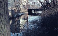10812_flussabwaerts_zur_Tannebruecke_XI_1963_20vkl.jpg