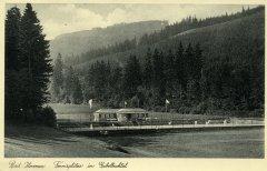 17520_Ilmenau-Tennisplaetze_im_Gabelbachtal_1941.jpg
