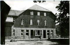 82150_Stutenhaus_b_Vesser_FH_Carl_Zeiss_1965.jpg